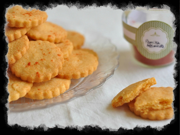 Biscottini-paprika-e-grana
