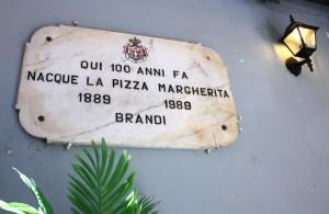 fotos-napoles-pizzeria-brandi-002_cab47