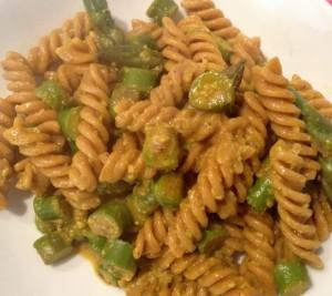 pasta-vegan-asparagi-zafferano-pistacchio